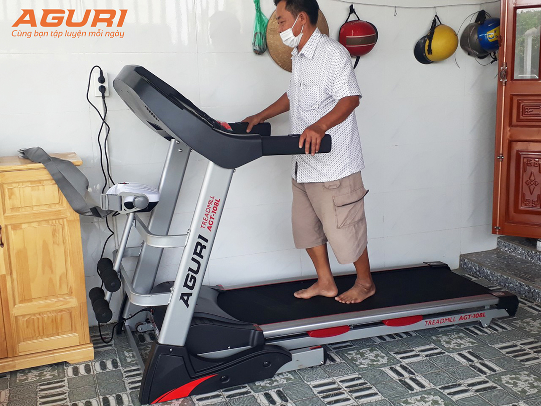 Kế hoạch giảm cân trên máy chạy bộ bằng cách đi bộ chậm